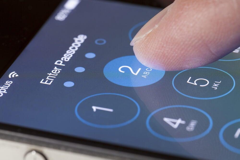 iphone-guvenlik-kodu-asildi